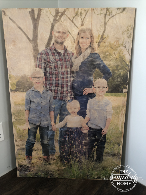 diy photo transfer, family photo on a wooden board