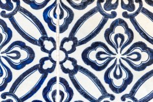 tile with complimenting grout colors